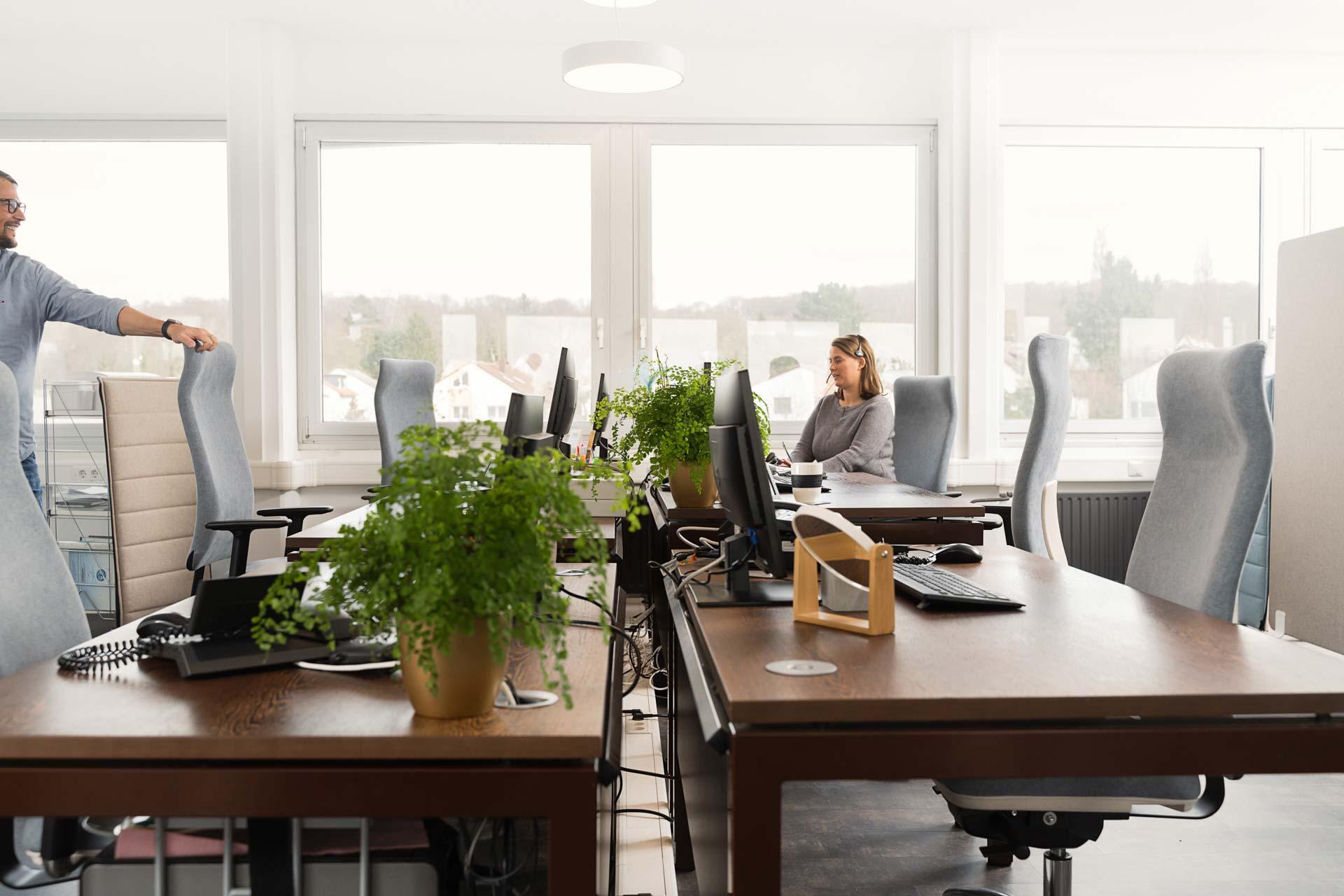 gesund arbeiten gmbh - Einrichtung von Großraumbüros
